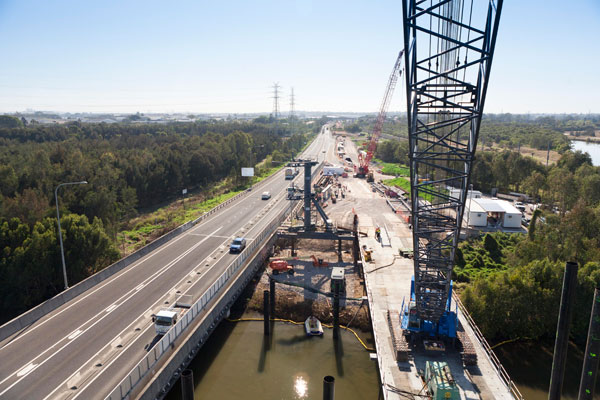 Major construction work on the Port of Brisbane motorway upgrade was started in April 2011.