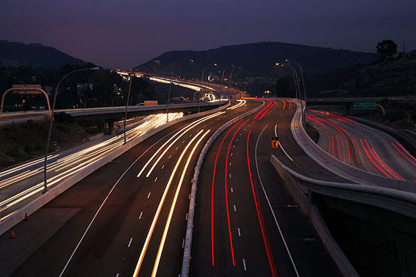 A night view of the I-15 CORE route. Image courtesy of HNTB Corp, (C) Vince Streano.