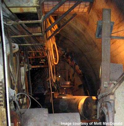 During boring the new tunnel passed within 3m of the operating Heathrow Express rail tunnels.