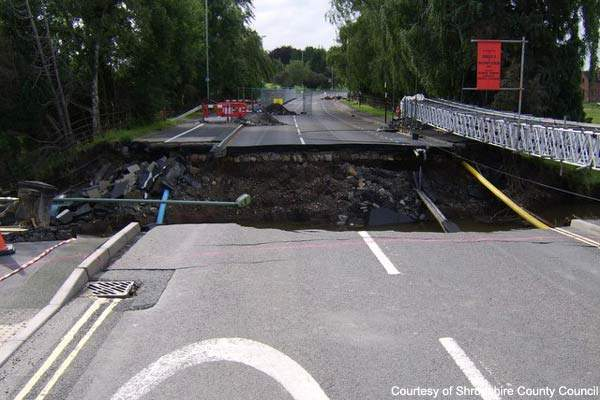 The original Burway Bridge collapsed, could not be repaired and had to be removed.