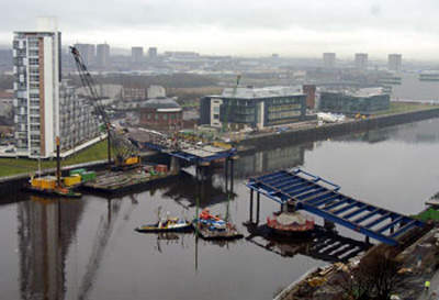 Early stages in the construction of Finnieston Bridge.