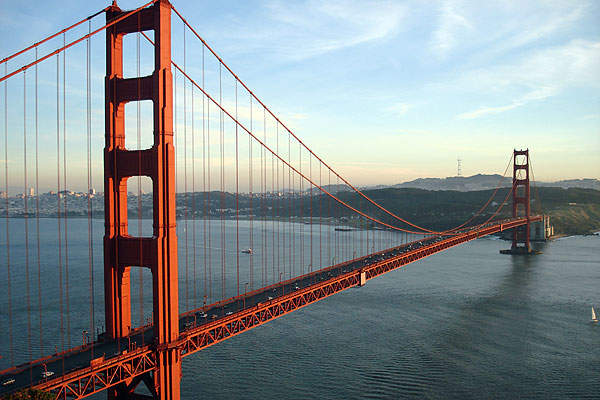 The 1,280m long Golden Gate Bridge is the second longest suspension bridge in the United States of America. Image courtesy of RichN.