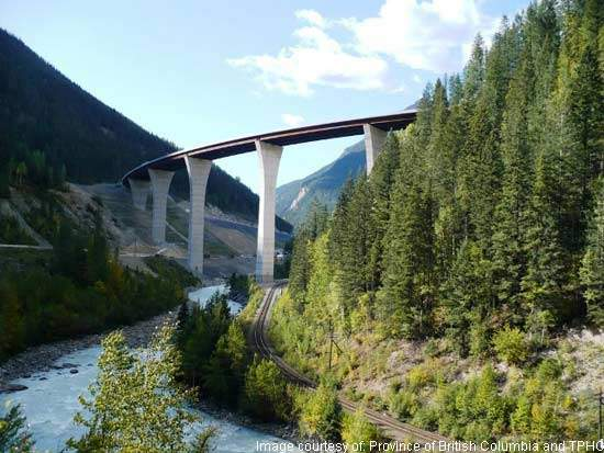 Phase 2 of the Kicking Horse Canyon Upgrade included the replacement of the ten-mile Park Bridge.