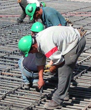 During the first construction phase of the Costanera Norte, the infrastructure project supplied over 1,200 people with work.