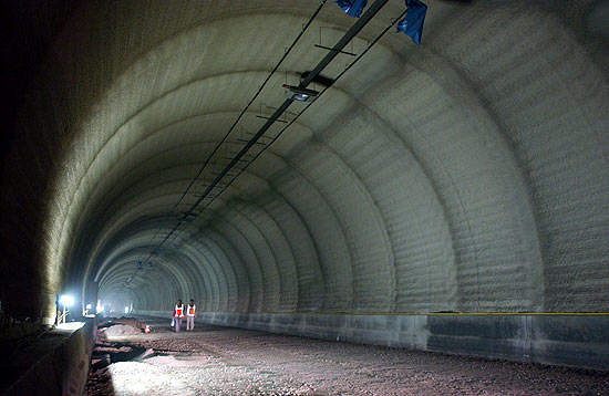The two twin-tunnels of the Westerschelde Tunnel run 12m apart and have two 3.5m wide lanes for traffic each. All images courtesy of NV Westerschelde Tunnel.