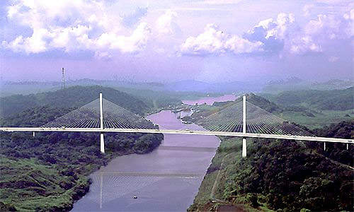 The completed Puente Centenario (Centennial Bridge) Panama Canal road crossing in August 2004.