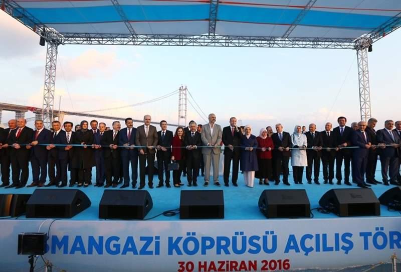 Turkey's President Erdoğan inaugurated the Osman Gazi Bridge in June 2016. Image courtesy of Presidency of the Republic of Turkey.