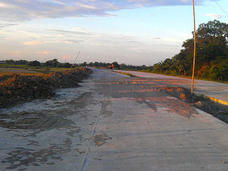 The Cavite-Laguna Expressway is expected to be operational in 2020. Image courtesy of Ervin Malicdem.