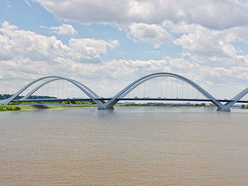 The 68-year-old Frederick Douglass Memorial Bridge over Anacostia River in Washington will be replaced with a new bridge with a $441m investment. Image courtesy of The Walsh Group.