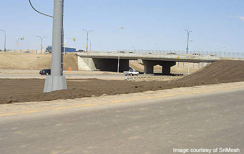 10km of expressway was constructed from Clarence Avenue to Clancy Drive.