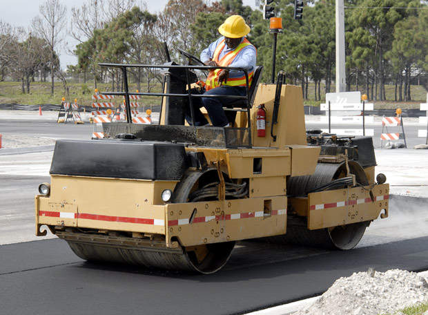 The Geddes Road corridor improvement project will include the construction of a new non-motorised multi-purpose asphalt road.