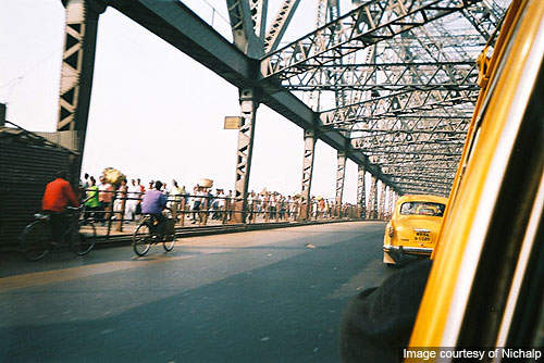 The bridge carries a daily traffic of around 80,000 vehicles and one million pedestrians