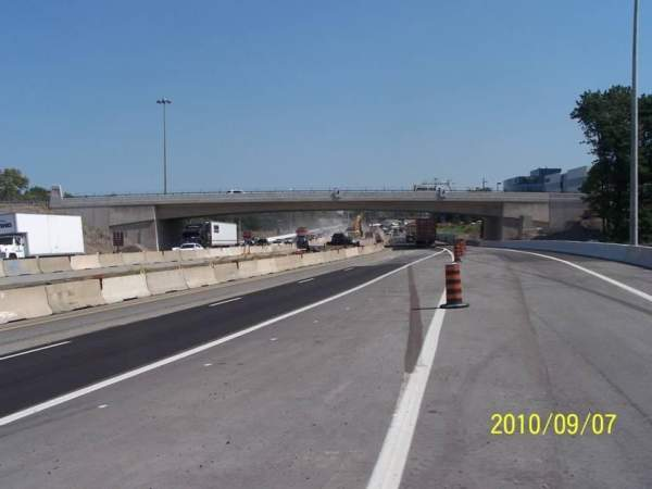 The 9.4km stretch of QEW was extended from Highway 406 to the Garden City Skyway, through St Catharines. Image courtesy of the Ministry of Transportation Ontario.