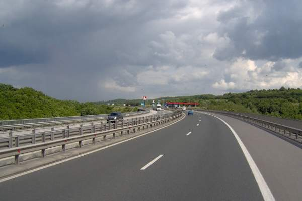 The opening of the Trakia highway will enable a faster and comfortable travel for vehicles heading towards the Black Sea coast.