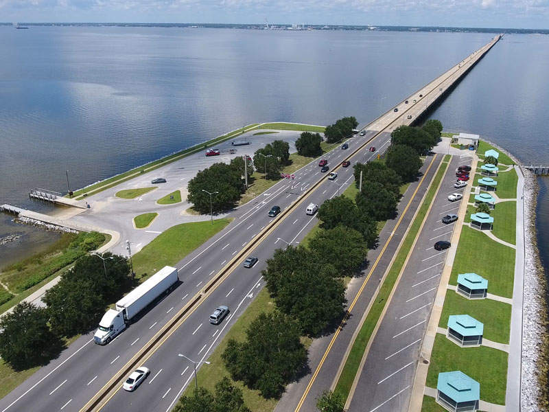 Construction on the Pensacola Bay bridge replacement project will commence in mid-2017. Image courtesy of the Florida Department of Transportation (FDOT).