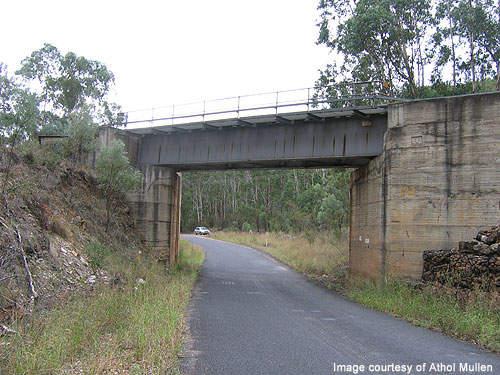 Bylong Valley Way passing through a bridge built over Goulburn River.