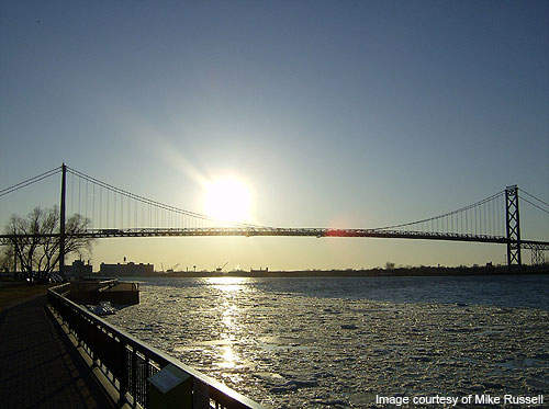 The project provides better connectivity between the I-75/I-96 and the Ambassador Bridge.
