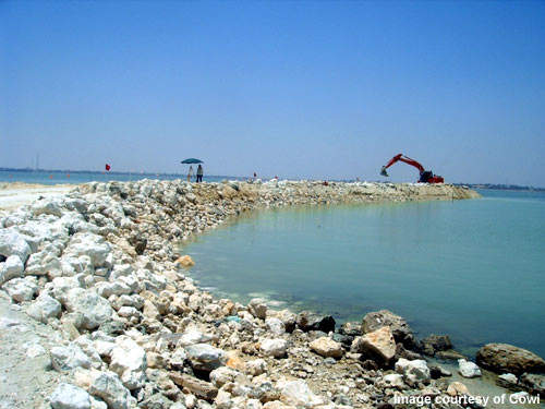 Construction of the causeway; the bridges will withstand a harsh marine environment.