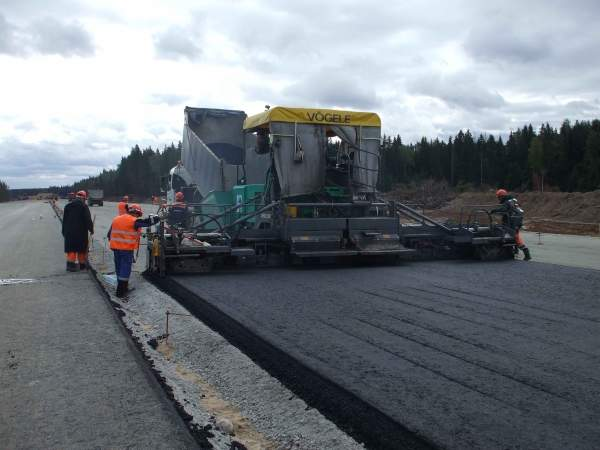 The first stage of the Moscow - St. Petersburg M11 toll motorway is expected to open in 2013. Image courtesy of VINCI Concessions.