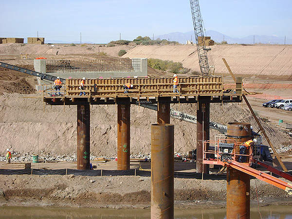 The project also involved the construction of several bridges. Image courtesy of Skanska.