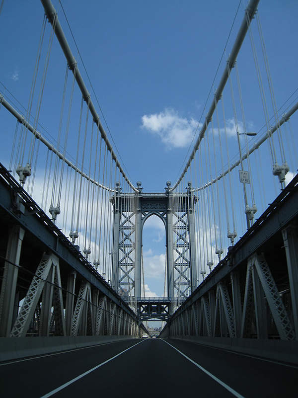 A $149m project to replace 628 suspenders of the bridge was started in early 2010. Image courtesy of Vlad Rud.