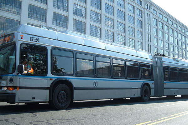 MBTA will run dual mode buses along the new Silver Line Gateway project. Image courtesy of ArnoldReinhold.