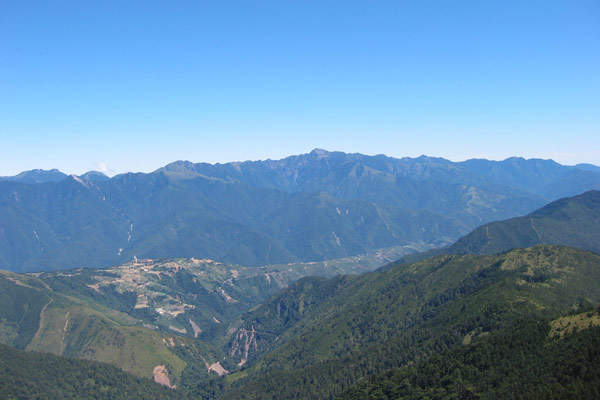 Snow Mountain is the highest mountain in Taiwan.