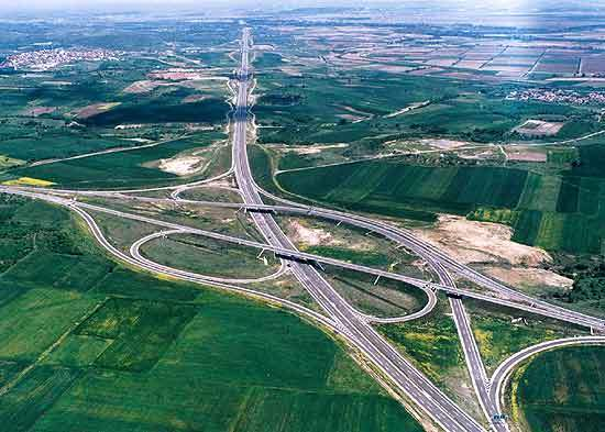 An open architecture road safety management system has been developed to allow integration with the highway's existing ground transportation facilities and future technology upgrades.