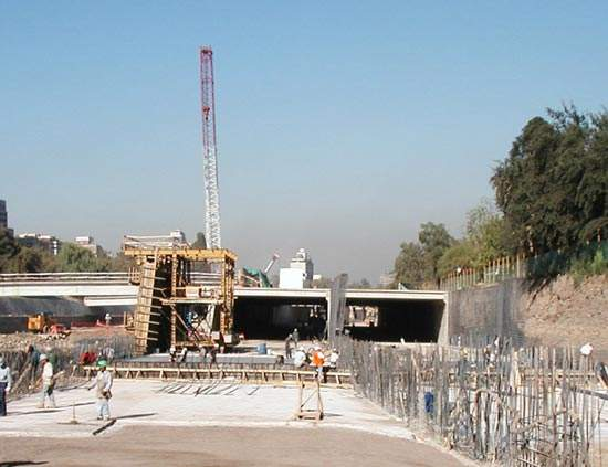 Costanera Norte is expected to be operational by March 2004.