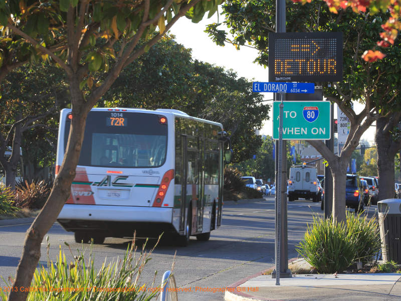 Trailblazer signs will direct traffic on the San Pablo Avenue back to the I-80. Image courtesy of I-80 SMART Corridor Project.