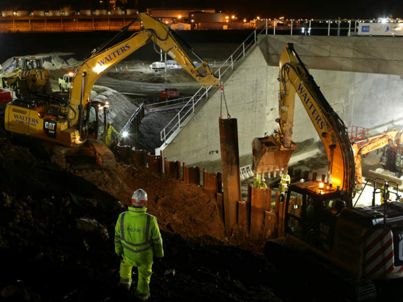 Construction of a 3,750t bridge under a railway line was part of the project. Image courtesy of Highways England.