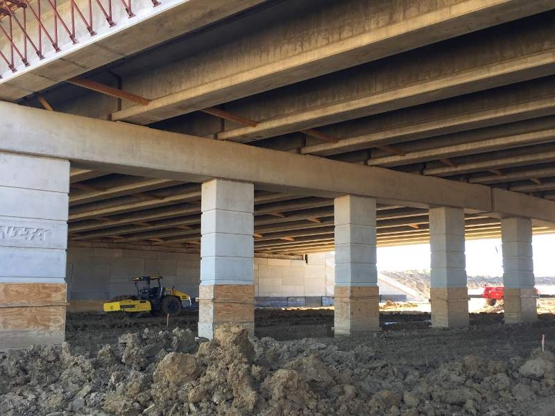 Two bridges at Heritage Parkway and Creek will also be built as part of the SH 360 south toll road extension. Image courtesy of Texas Department of Transportation.