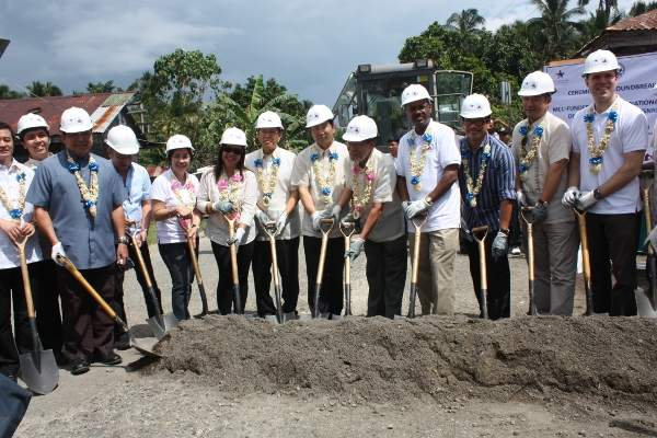 The $214.4m Samar Roads Rehabilitation project broke ground in October 2013. Image courtesy of Department of Public Works and Highways.