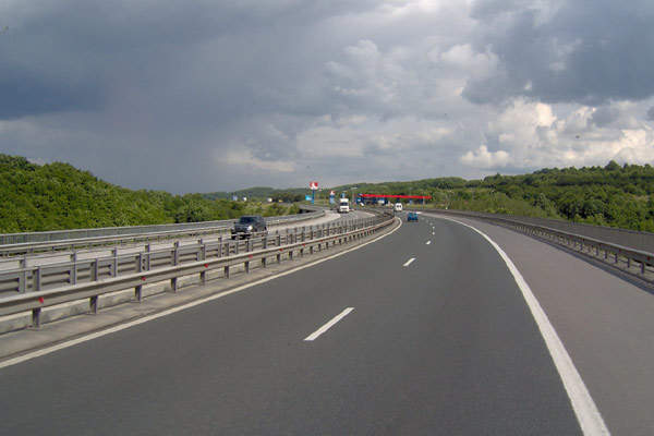 The designated route of the highway covers Durres, Rreshen, Reps, Thirra, Kalimash and Morine.