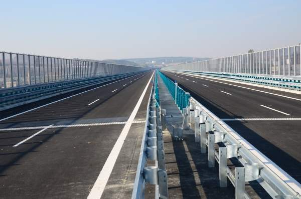 R1 Expressway Slovakia was built and is operated by the Granvia consortium under the first public private partnership in the country. Image courtesy of Granvia.