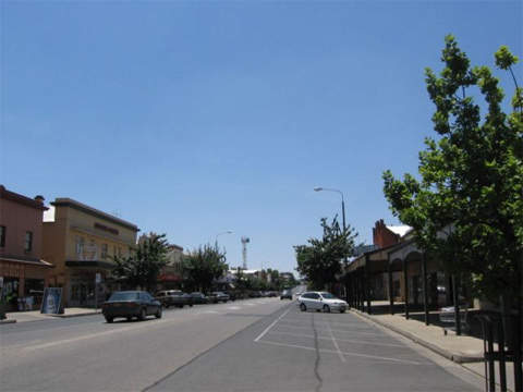 The town of Corowa in New South Wales is one side of Murray River crossing.