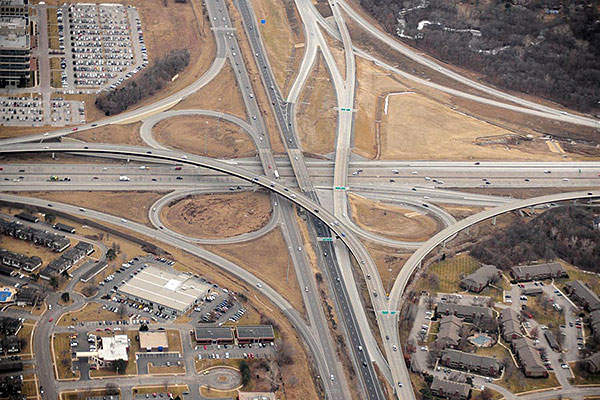 Aerial view of Johnson County Gateway interchange. Image courtesy of HNTB Corporation.
