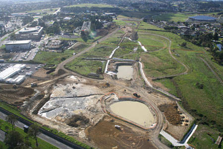 The design and construction of the SH20 to SH1 Manukau Extension was carried out by Leighton Works, a joint venture between Leighton Contractors and New Zealand-based Works Infrastructure.