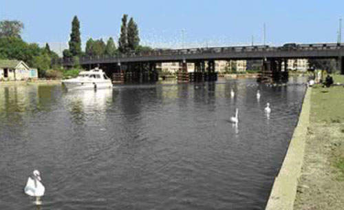The fourth and fifth bridges were replaced by the new sixth bridge.