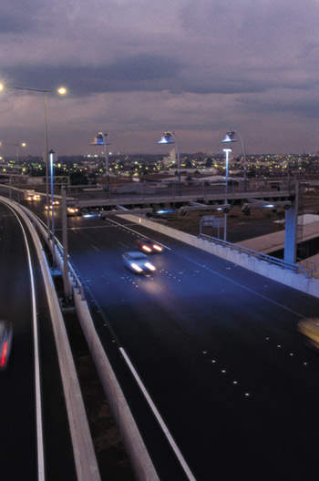Electronic tolling means drivers do not have to stop or slow down to pay tolls, ensuring a steady flow of traffic.