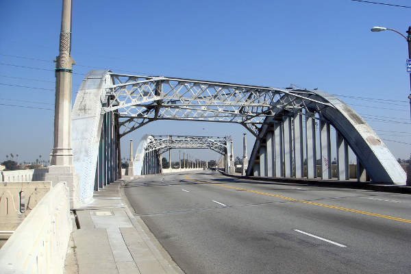 The existing Sixth Street Viaduct will be replaced due to safety issues. Image courtesy of Kansas Sebastian.