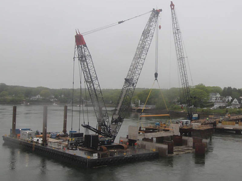 Seven 250t cranes are being used for the construction of the bridge. Image: Used by permission from www.maine.gov.