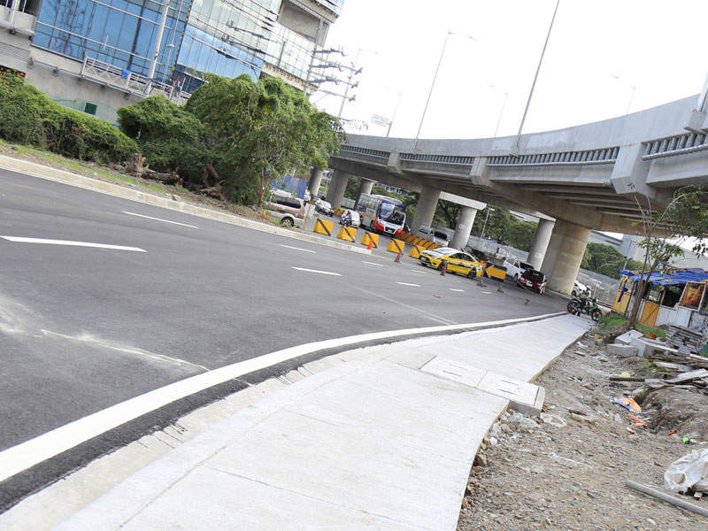 The NAIA expressway phase two links the Metro Manila Skyway to NAIA Terminals 1, 2 and 3.