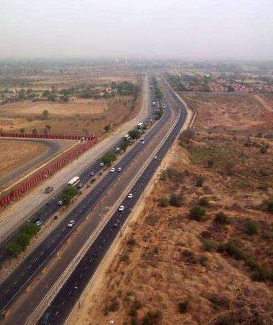 The expressway will provide excellent transport links in the region which is an important business area of India.