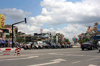 The centre of Ho Chi Minh City during rush hour.