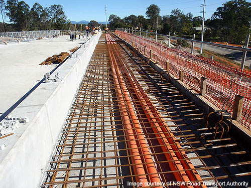 The Kempsey Bypass involved the construction of a four-lane highway which spans 14.5km and also the construction of bypass and interchanges at Kempsey and Frederickton.