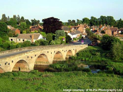 There is now only 12% of the original amount of traffic crossing over the old Barford Bridge.