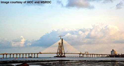 The middle cable-stayed section of the Bandra Cable-Stay Bridge can be seen.