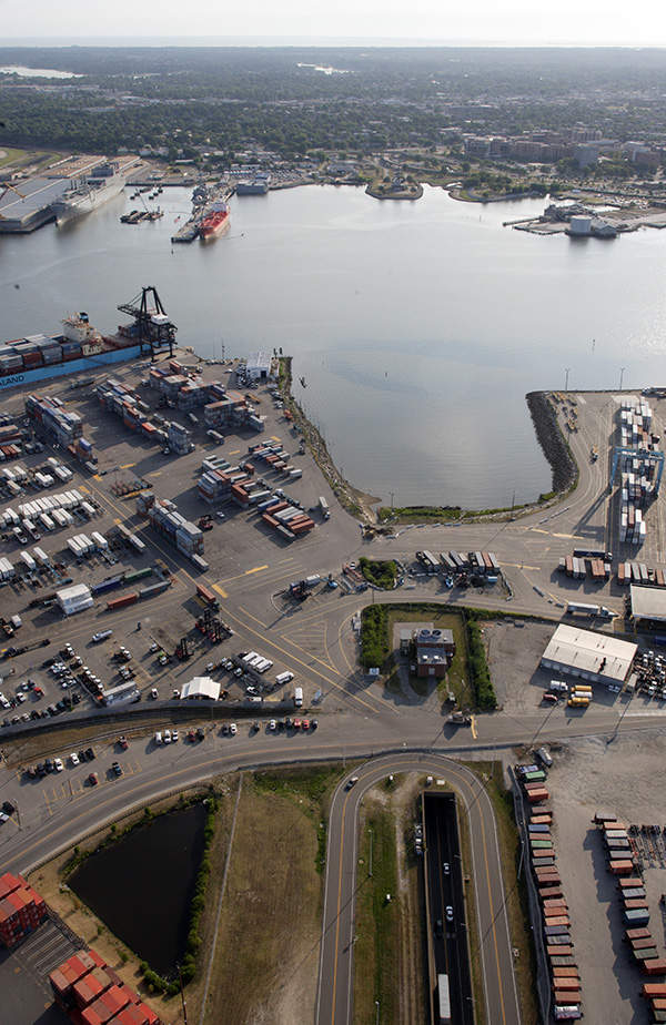 Aerial view of the Midtown tunnel from Portsmouth side.