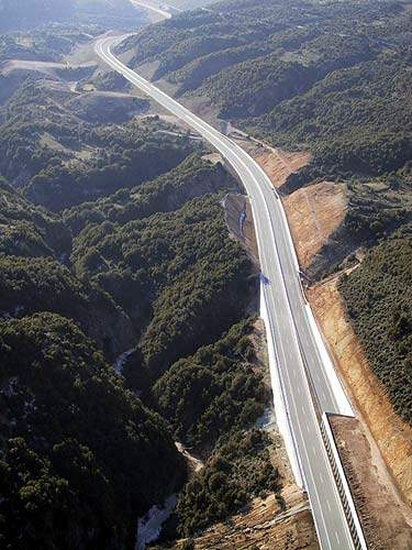 As part of the European Intercontinental Transportation Network, the Egnatia Odos motorway will also be a collector route for the Balkan and South-eastern European transport system.